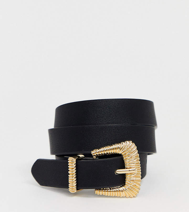 Pieces gold textured buckle belt