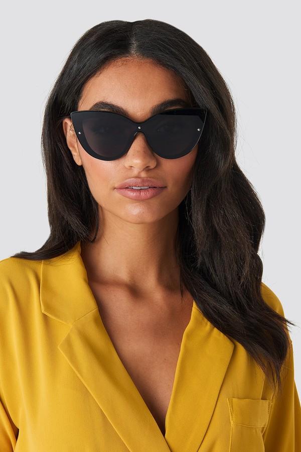 Hoss X NA-KD Cat Eye Sunglasses Black