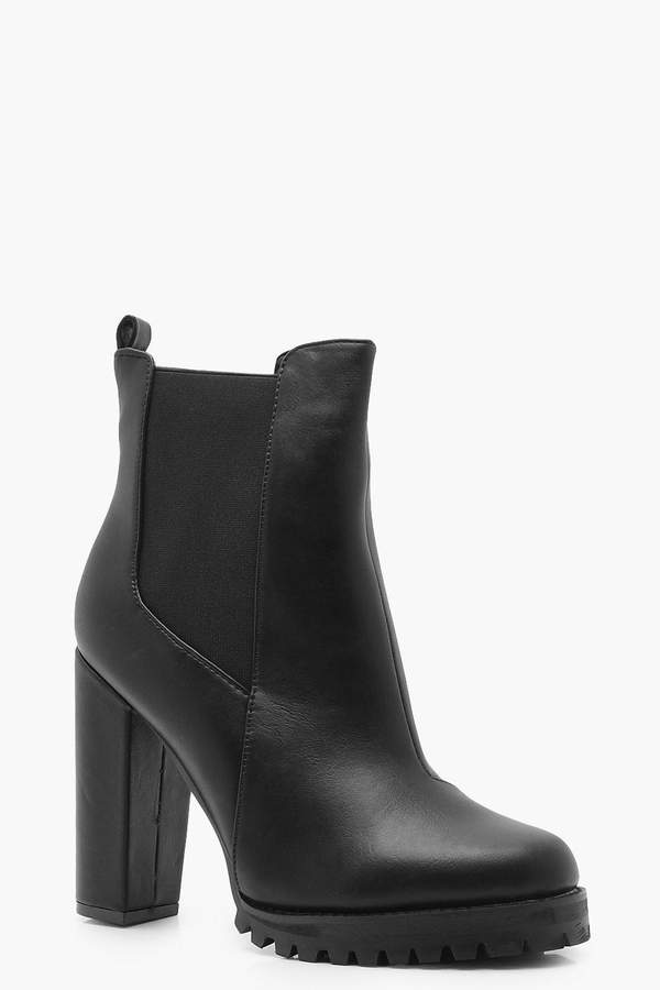 Cleated Platform Pull On Chelsea Boots