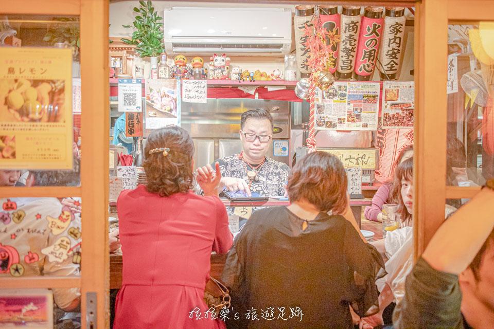 日本鹿兒島屋臺村。感受在日式屋臺熱鬧的用餐氣氛。集合了多種美味讓大家選擇|拉拉桑's 旅遊足跡