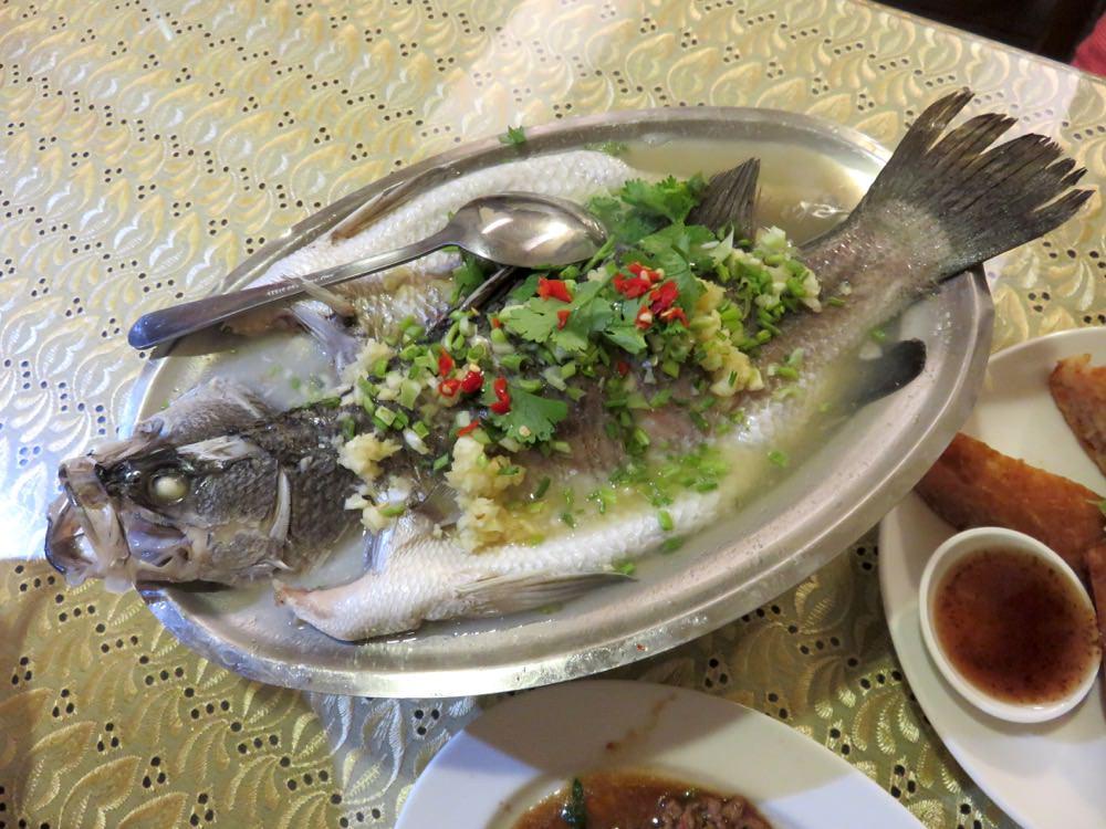 臺北內湖平價泰式料理泰雅軒 人情荷包都兼顧 - 老蝦不負責任的人生紀錄