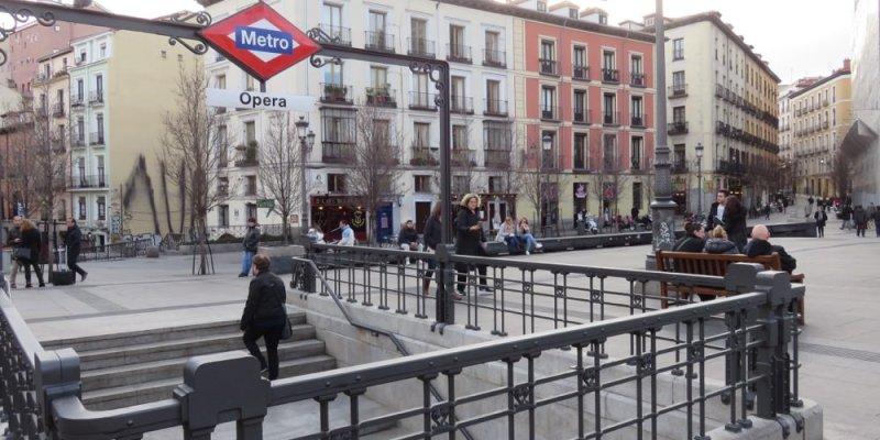 西班牙馬德里機場進市區 - 機場巴士(新地鐵T10 Multi卡可重複使用加值