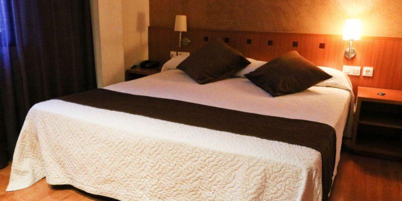 巴塞隆納三星旅館公寓 Hotel Azul 鄰西班牙廣場魔幻噴泉