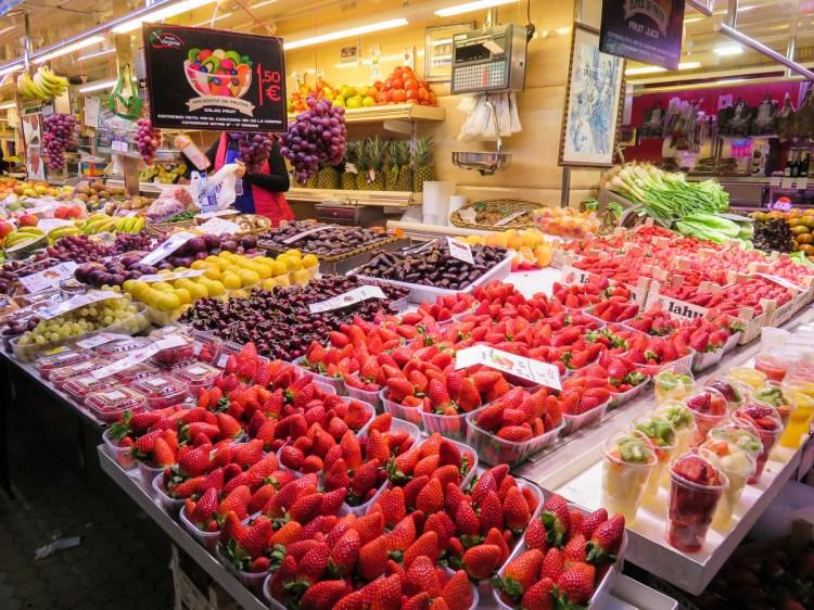 瓦倫西亞的廚房就是中央市場燉飯鍋陶鍋一次滿足