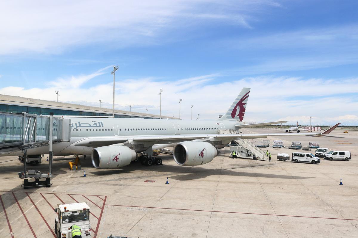 西班牙卡達航空飛歐洲 香港轉杜哈搭乘評價心得 - 老蝦不負責任的人生紀錄