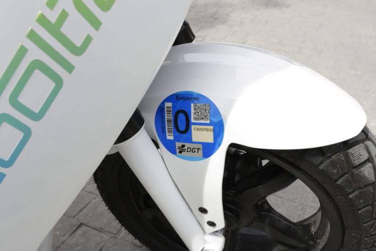 巴塞隆納另類玩法!租機車eCooltra在市區騎車蹓躂馬德里也適用