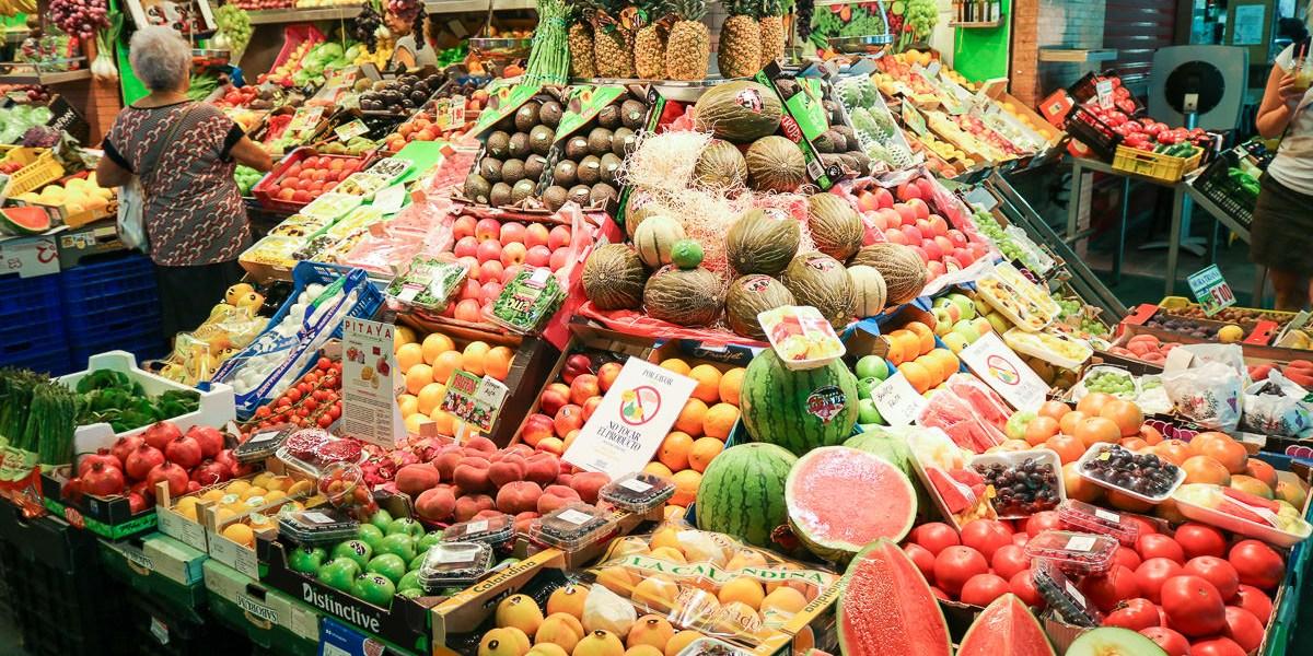 塞維亞景點摩爾區特里亞納市場Mercado de Triana推薦早餐與買水果香料