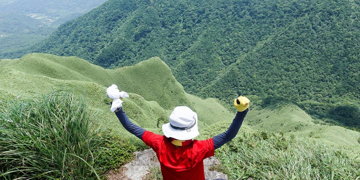小觀音山群峰 北投三芝健行 直上小觀音山西峰唯美箭竹草坡
