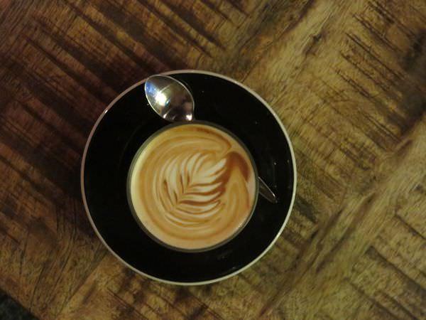 《新加坡》咖啡 Ronin Cafe 堅持自我的咖啡 with their own cozy style