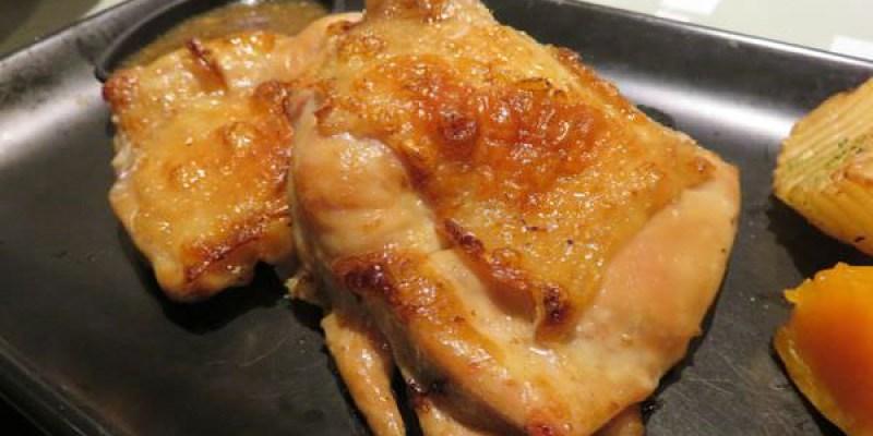 《台北》陶板屋 和風創作料理。吃氣氛環境與服務?
