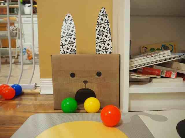 DIY 自製紙箱玩具 兔子愛吃球