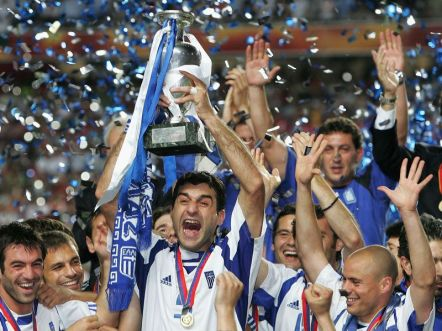 https://i0.wp.com/img.skysports.com/08/05/800x600/Greece-Euro-2004-celeb_907251.jpg?resize=442%2C331