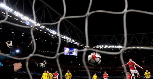https://i0.wp.com/img.skysports.com/10/03/496x259/Cesc-Fabregas-Arsenal-Champions-League-Quarte_2437792.jpg?w=640