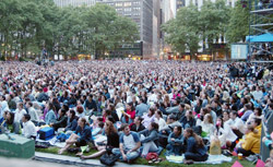 A free concert in Bryant Park, NYC. Click image to expand.
