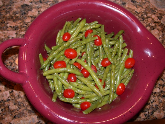 Green Beans And Tomatoes In A Pesto Vinaigrette Recipe