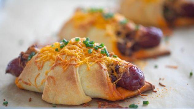 Easy dinner ideas, simple dinner ideas, chili cheese croissant corndog