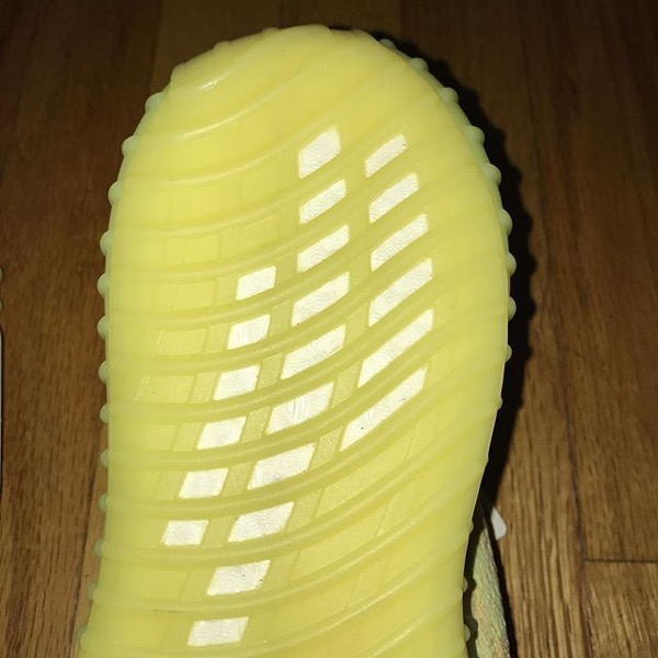 "Yeezy 350 Boost V2 ""Lime"""