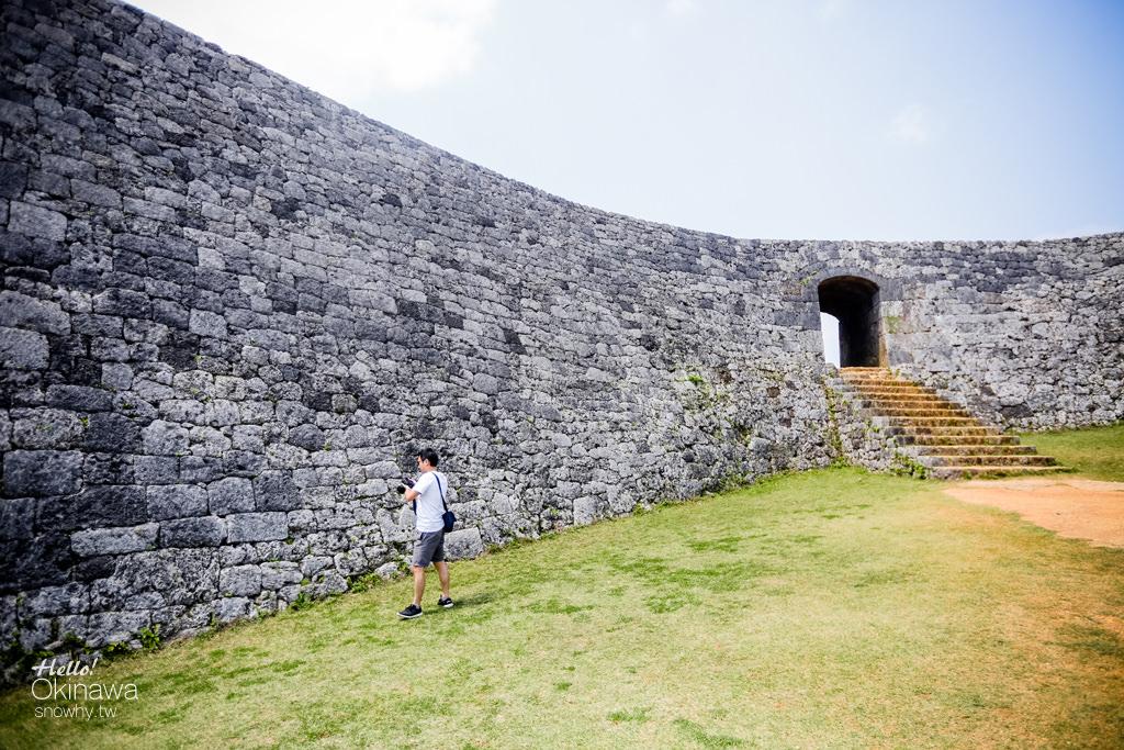 沖繩座喜味城跡.世界文化遺產,小巧而有著優美曲線的城垣