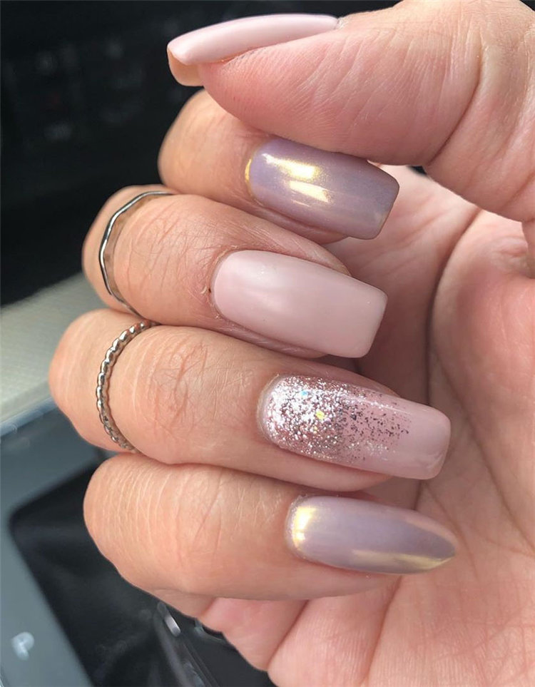 Are you looking for a nails designs for summer? Here, we have collected some beautiful elegance ideas of summer natural nail designs to give your enough nail ideas. I hope you enjoyed these simple natural nail art designs.