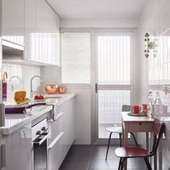 Small Kitchen Table Set Layout Planner 厨房小 不怕 只要这样安装橱柜就能变大厨房 房天下装修知识 小厨房橱柜安装