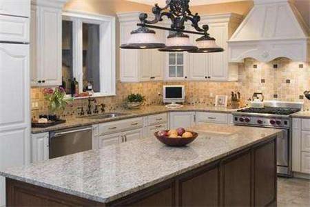 kitchen counter tops backsplash 厨房台面用大理石还是石英石 厨房台面有哪些材质 房天下装修知识