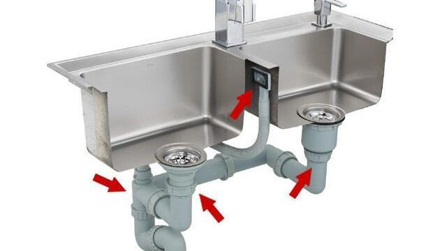 60 40 kitchen sink decorative step stools 厨房水槽的下水管漏水应该怎么办 老师傅教你绝招 分分钟搞定 房
