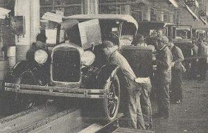 福特A型车的装配线 (Wikimedia Commons)
