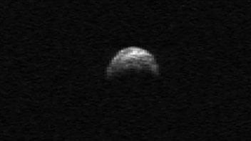 L'astéroïde 2005 YU55