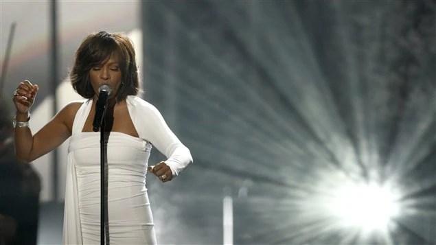 Whitney Houston,