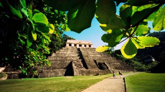 Mayas-temple-general