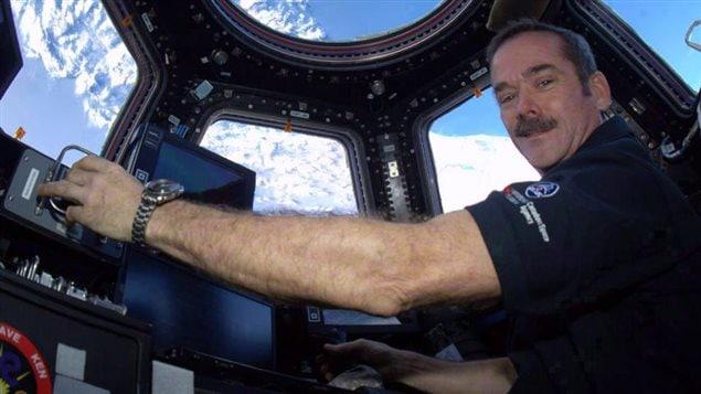 Chris Hadfield dans l'espace