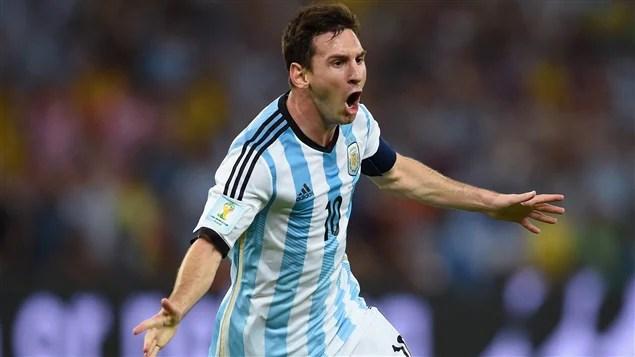 Lionel Messi donne une priorité de 2-0 aux siens face à la Bosnie-Herzégovine.
