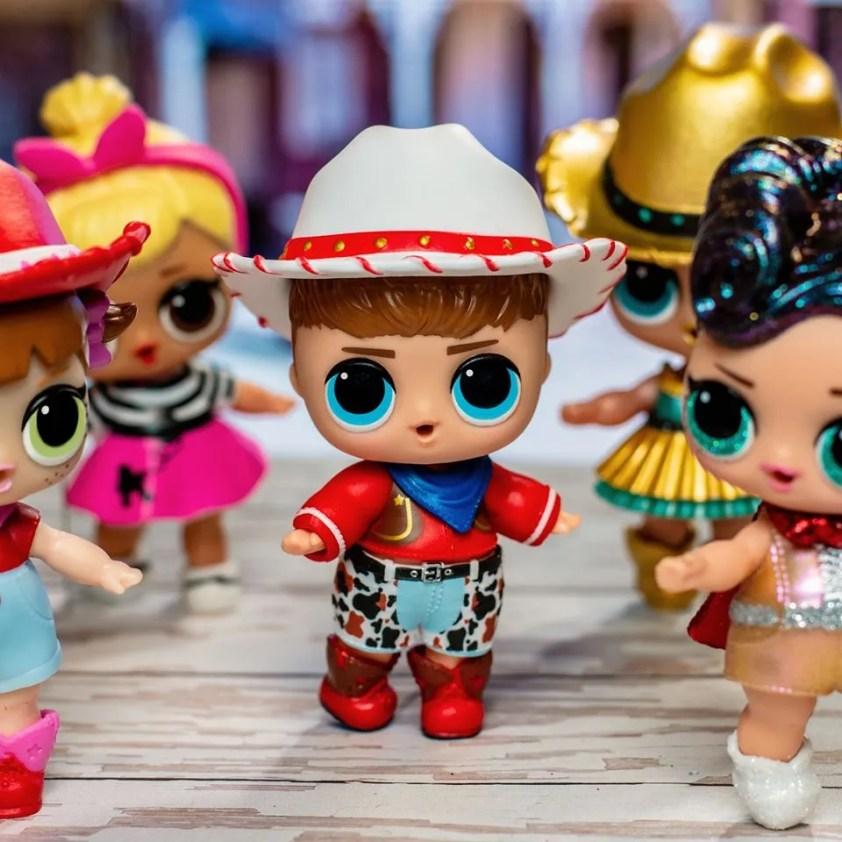 Parents Are Upset Popular 'LOL Surprise' Dolls Are ...