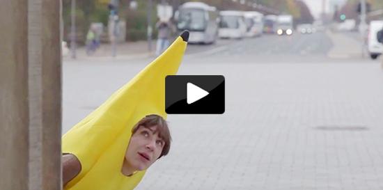 Diese Bananen haben eine Botschaft.