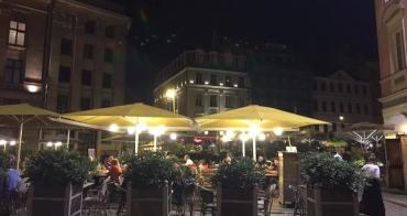 東歐 | 拉脫維亞:走訪里加老城區巷弄間的周末夜色