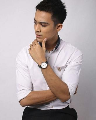 Local Singer Aliff Aziz Apologises To Wife After Third