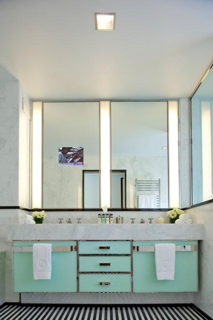The Turquoise Says 1950s But Mirrored TV Screams 2007 Michigan Discount Furniture Magnate Archie Van Elslander