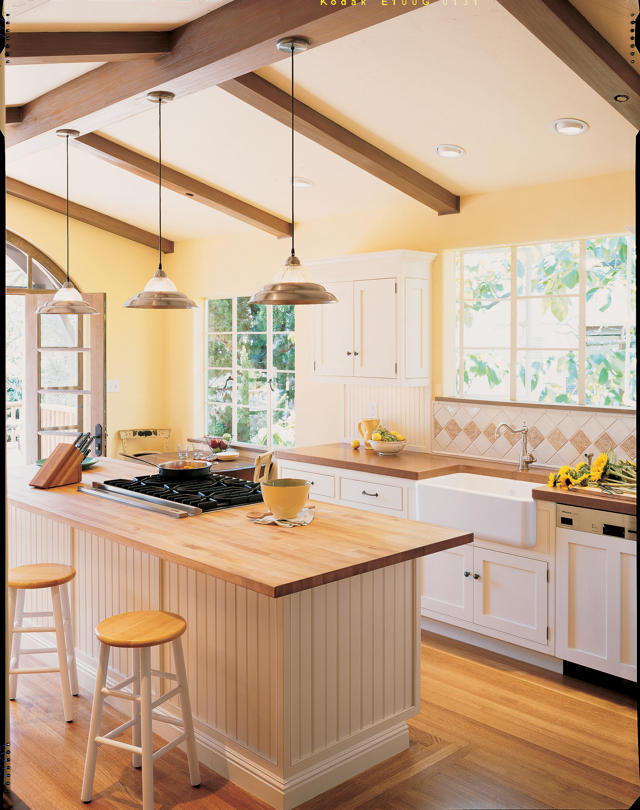 Airy And Bright Kitchen Makeover Sunset Magazine