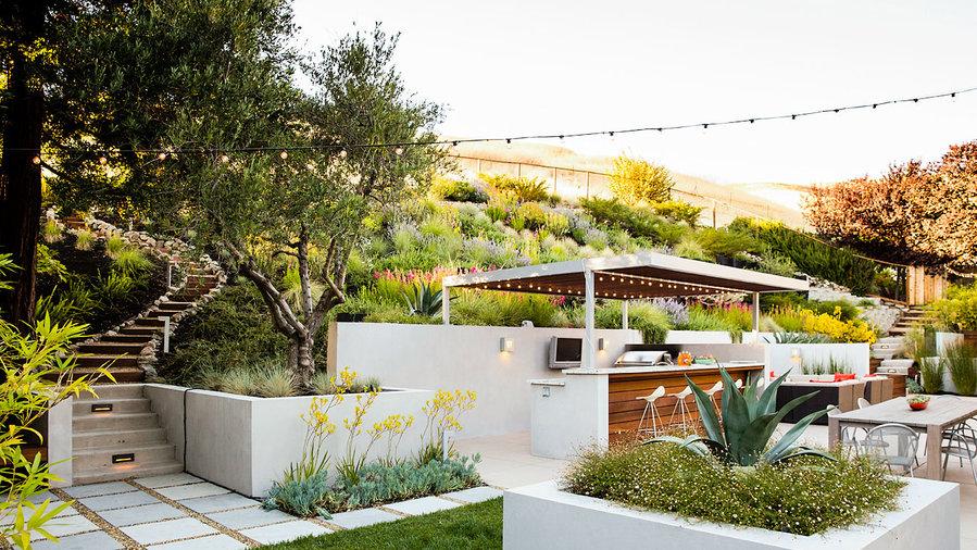9 ideas hillside garden