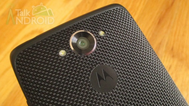 DROID_Turbo_Back_Slanted_2_Camera_Motorola_Logo_TA