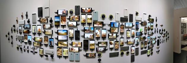 google_devices_nexus_chromecast_wall