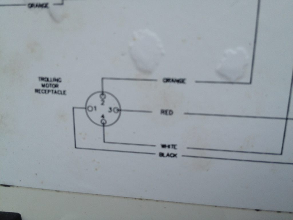 hight resolution of here s a picture of the wiring diagram for my original 12 24 plug female at bow