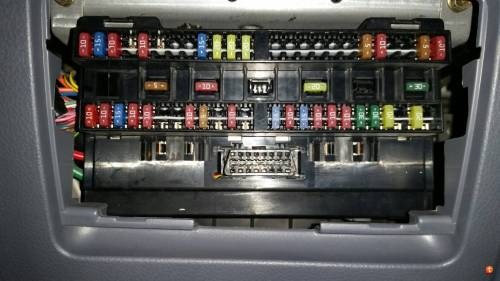 small resolution of mitsubishi canter fuse box location data wiring diagram mitsubishi truck fuse box mitsubishi box truck fuse
