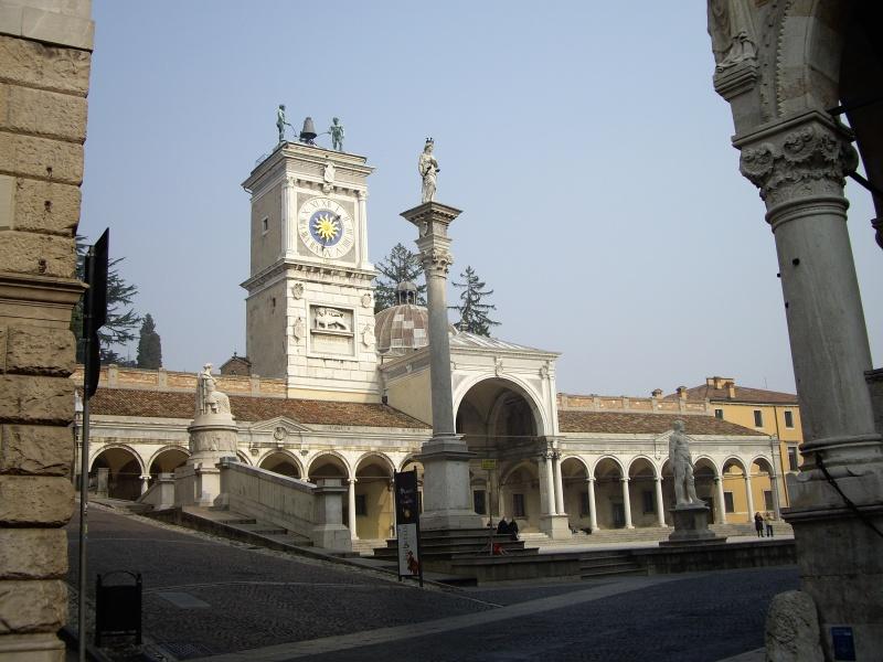 Guida Udine foto cartoline e immagini  Tuttocitt