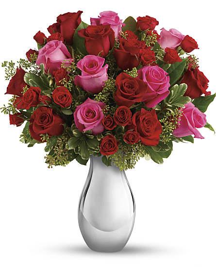 true romance bouquet with