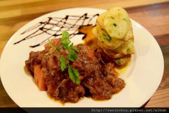 【台北食記】松山區-巴薩.小弄 近期吃過最棒歐法料理