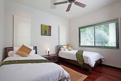 Morakot Villa 6 Bed Modern Pool Rental Nai Harn Beach South