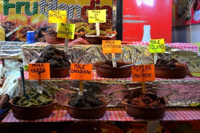 Mole pastes | © David Boté Estrada/Flickr