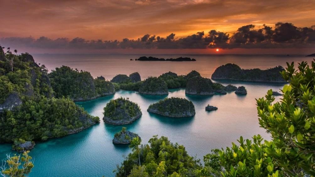 Wow !! Surganya Wisata Indonesia - Raja Ampat Papua Barat
