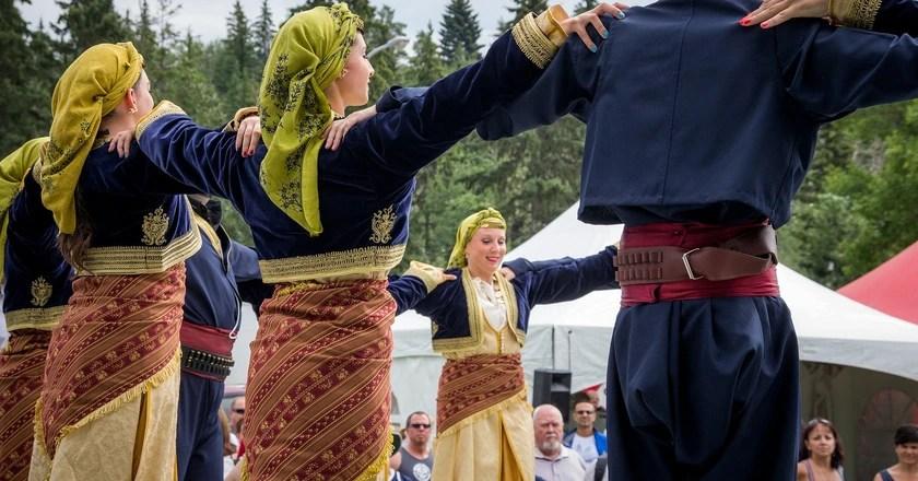 chair dance ritual song le corbusier 7 traditional greek dances you should know about performance c kurt bauschardt flickr
